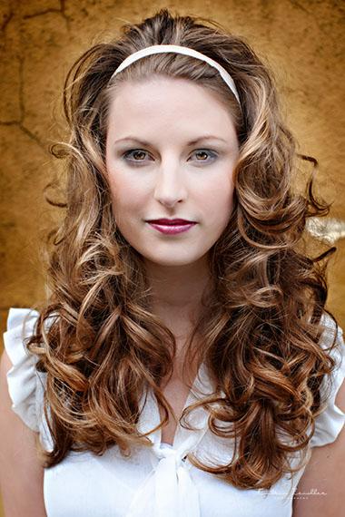 Businessfoto Friseur Haarschnitt braun Haarreifen