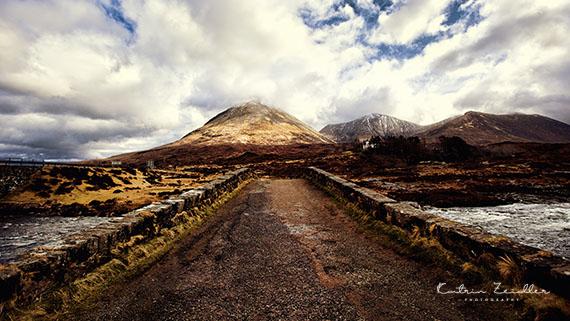 Landschaftsfotografie Schottland Skye Carbost Fluss River Brücke