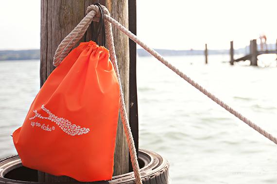 Werbefotografie Produkt - der Strandrucksack am See