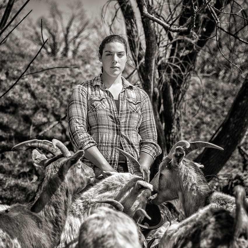 Schaf- und Ziegenhirtin Elischa Serpi