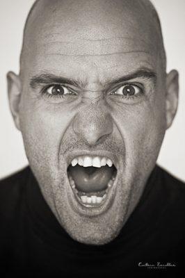 Porträtfotografie Pose schreiend
