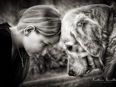 Tierfotografie - Kind mit Hund